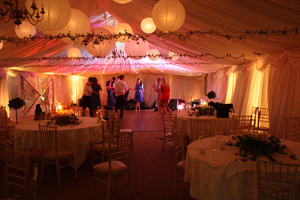 The 5 Awesome Benefits of Marquee Hire -